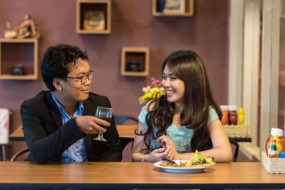 Comment convaincre une femme à accepter un rendez-vous